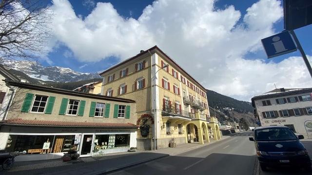 Il hotel Piz Mitgel a Savognin va novas vias.