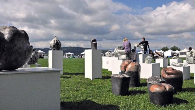 Keramikmesse unter freiem Himmel.