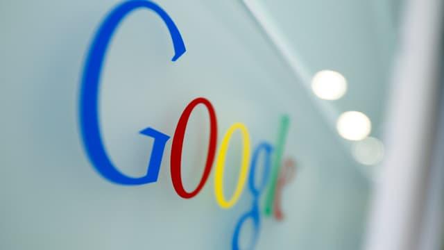 Purtret dal logo da Google.