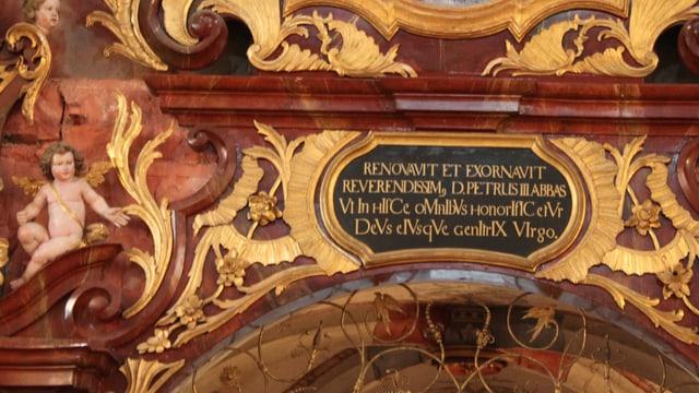Eine Inschrift im Kloster