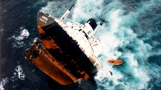 «Erika» auf hoher See.