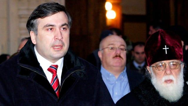 Der ehemalige georgische Präsident Saakashvili und der Patriarch Ilia II.