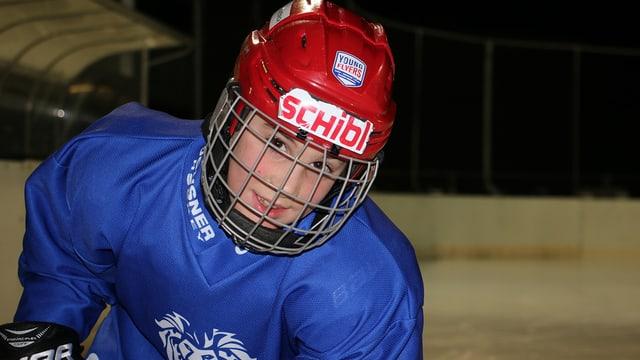 Nevio, der Eishockeyspieler