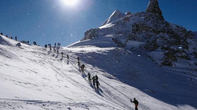 Video «Seilschaften - Patrouille des Glaciers» abspielen