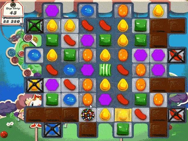Ein animiertes GIF mit einer kurzen Spielszene aus Candy Crush Saga