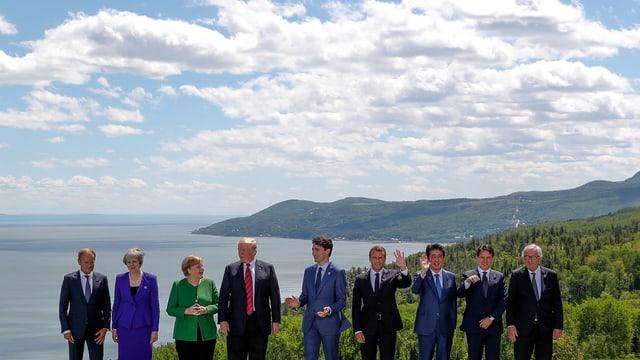Die G7-Mitglieder und Präsident des Europäischen Rats Donald Tusk