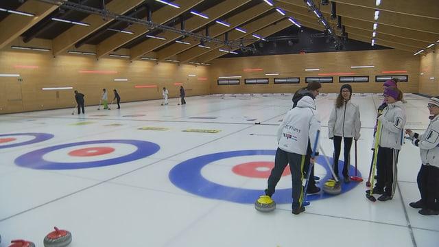 La halla da curling a Flem