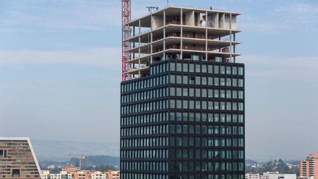 Hochhaus im Bau.