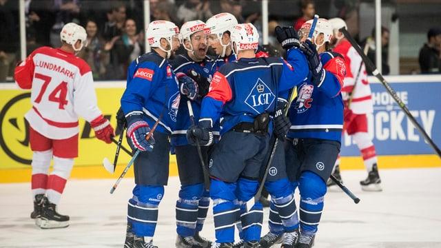 Die ZSC Lions treten zuerst aufwärts gegen Bili Tigry Liberec an.