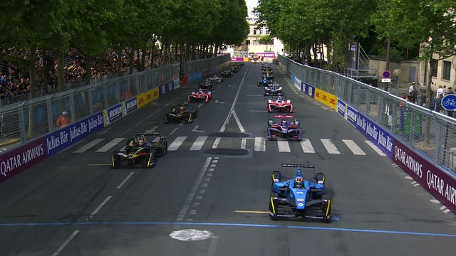 Start eines Formel E Rennens.
