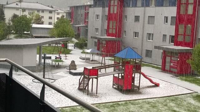 Weisser Kinderspielplatz in Dagmarsellen.