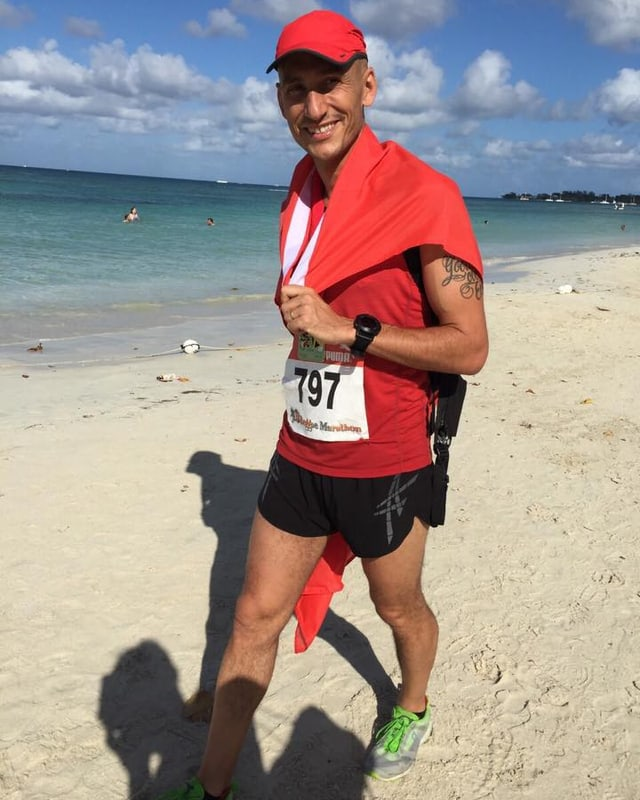 Erschöpft aber glücklich. Lukie Wyniger schaffte den Reggae-Marathon in 3h 4min.