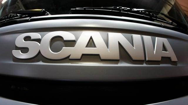 Logo an einem Lastwagen.