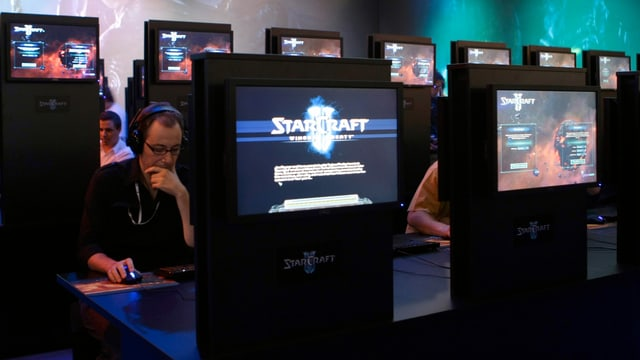 StarCraft spieler an der Gamescom