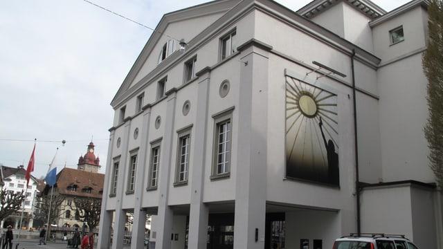 Aussenansicht des Luzerner Theaters