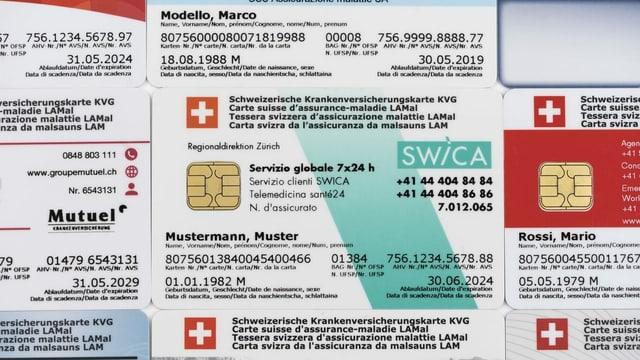Karten von Krankenkassen.