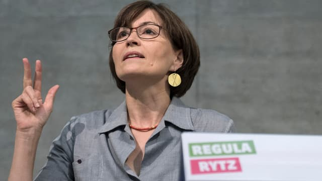 Regula Rytz:La presidenta dals Verds durant ses pled a chaschun da la radunanza da delegads.