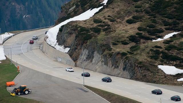 Blick auf die Gotthardpassstrasse