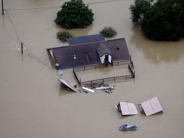 Haus unter Wasser.