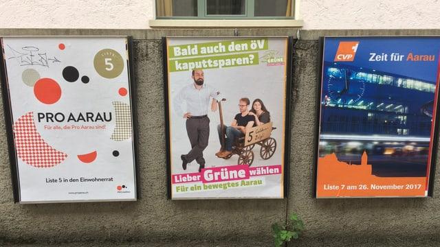 Plakate von Parteien