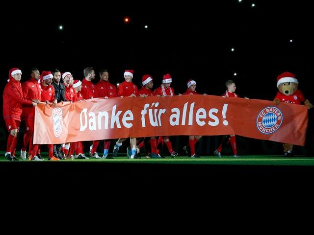 Bayern-Spieler mit «Samichlaus»-Mütze