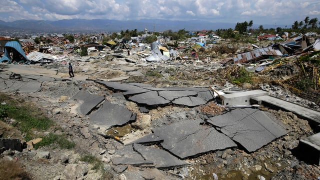 Devastaziuns suenter terratrembel dals 28 da settember.