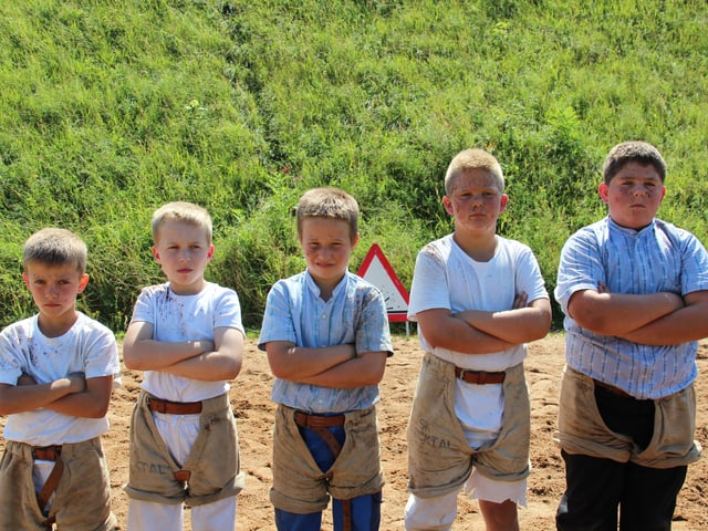 Fricktaler Jungschwinger posieren für ein Gruppenbild.