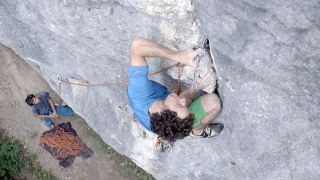 Video ««Clean Climbing» im Tessin: Die Bezwingung einer Steilwand» abspielen