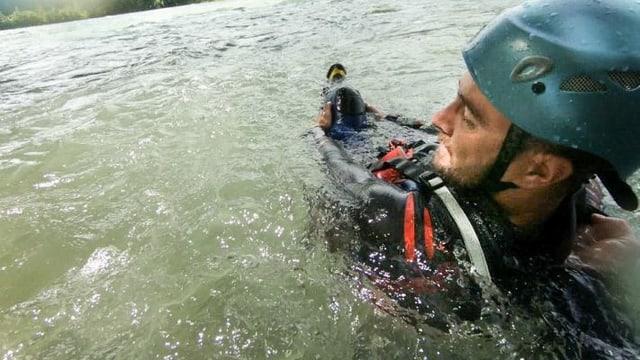Video «In Gewässern Leben retten» abspielen