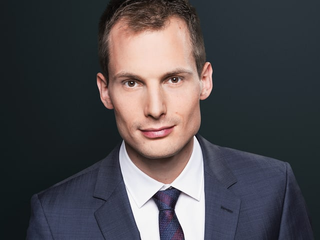 Porträt von Moderator Jonas Projer