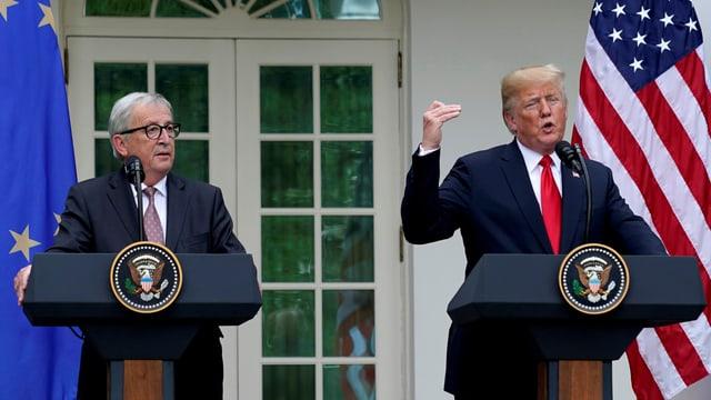 Purtret da Jean-Claude Juncker e Trump suenter lur discurs.