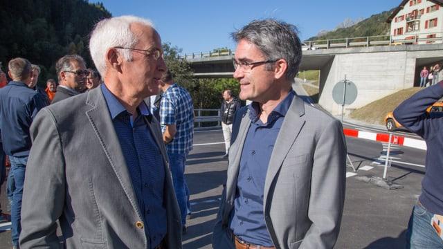 Mario Cavigielli e Sep Cathomas en discurs.