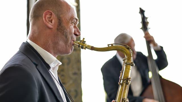 in um cun in saxofon