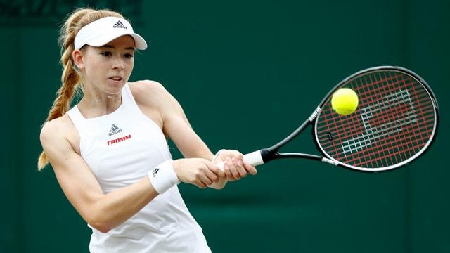 Simona Waltert che dat tennis.