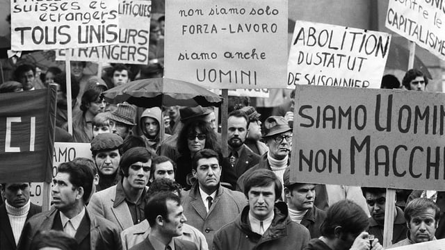 Demonstration von Gastarbeitern 1970 in Bern.