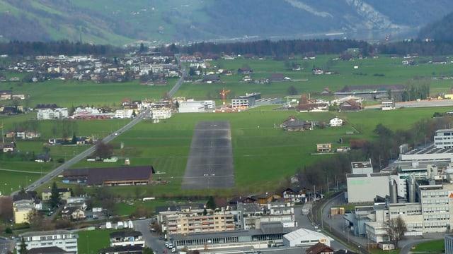 Der Flugplatz Kägiswil aus der Luft.