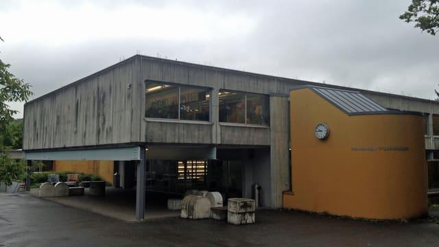 Schulhaus Pfaffechappe.