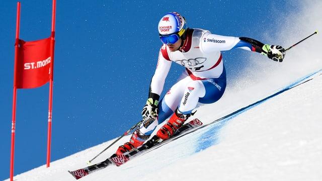 Il skiunz grischun Mauro Caviezel durant ina cursa a San Murezzan