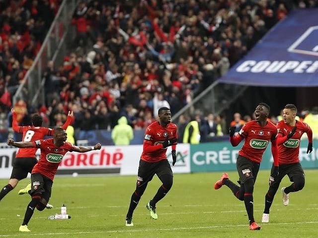 Rennes' Jubel nach dem Finalsieg im Penaltyschiessen.