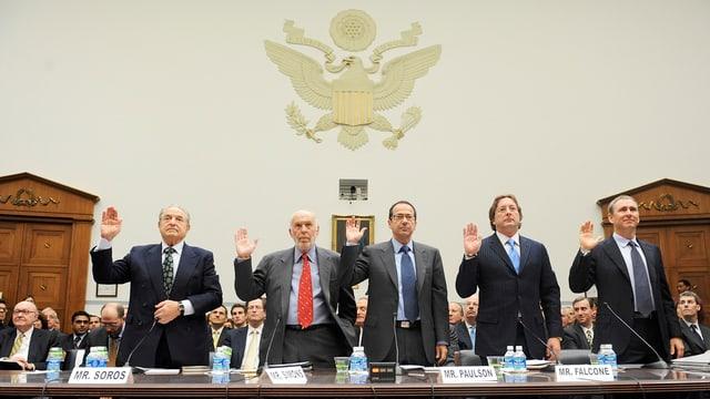 Soros und vier weitere Hedge-Fond-Direktoren
