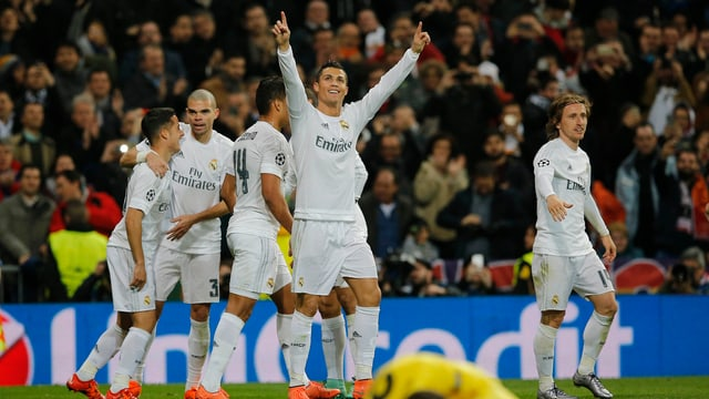Ronaldo bejubelt seien Treffer zum 1:0.