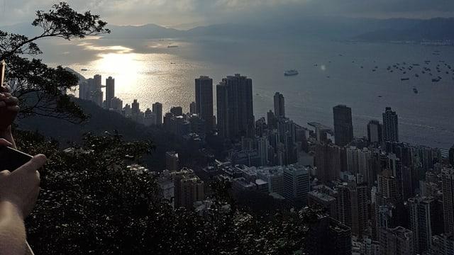 Stadtansicht mit Sonnenuntergang