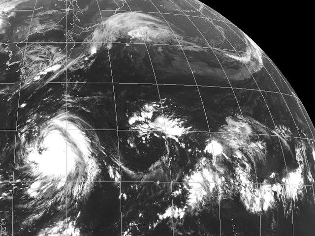 Satellitenbild eine gefährlichen Taifuns in Asien