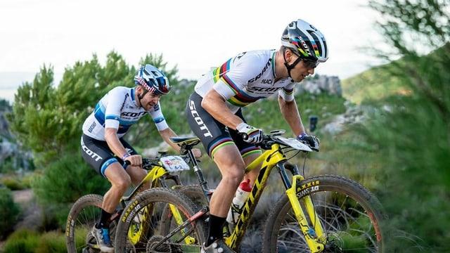 Nino Schurter, Lars Forster