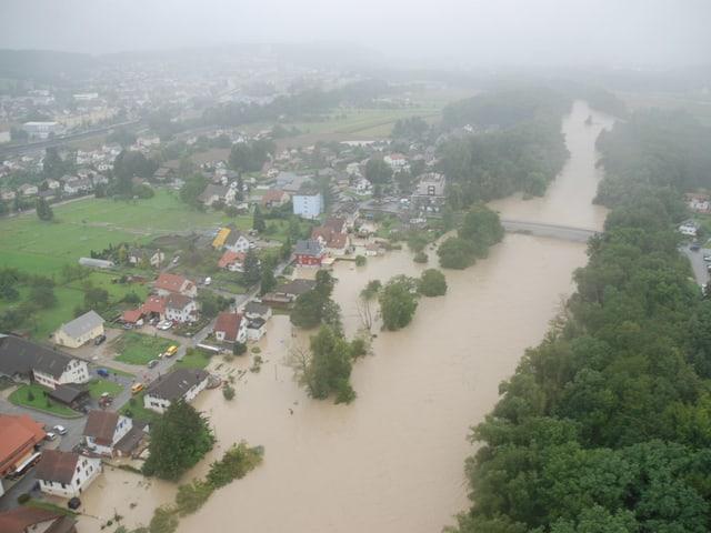 überschwemmtes Land