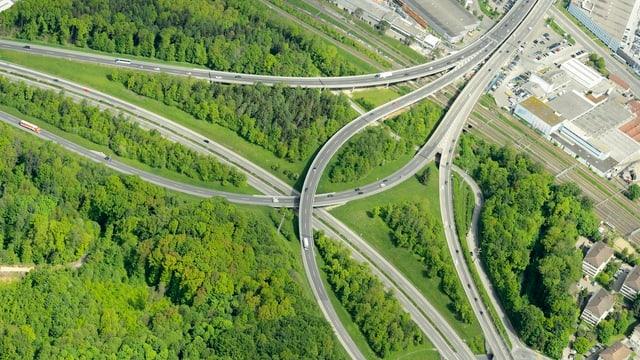Abschnitt Ecublens-Crissier: Auf dieser Autobahn verkehren durchschnittlich rund 97'900 Verkehrsteilnehmer pro Tag.