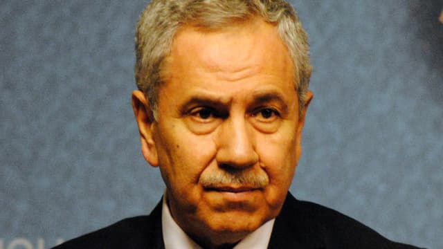 Porträt des Politikers Bülent Arnic