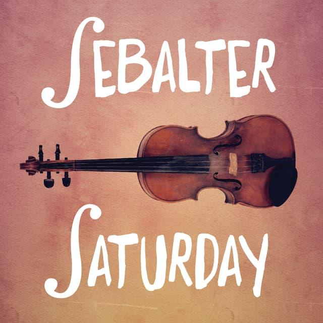 """Eine Geige mit der Aufschrift """"Sebalter"""" """"Saturday"""""""