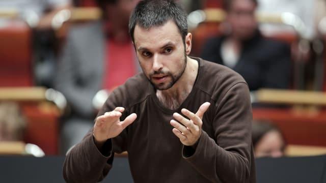 Constantinos Carydis am Dirigieren.