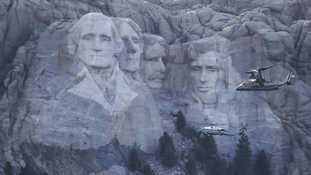 Die Porträts der vier symbolträchtigen US-Präsidenten am Mout Rushmore.